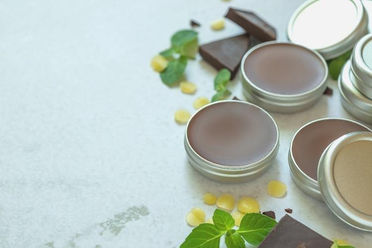 DIY lip balm easy recipe