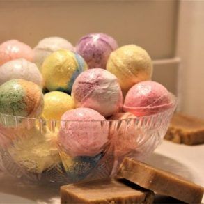 DIY: Easy Bath Bomb Recipe without citric acid